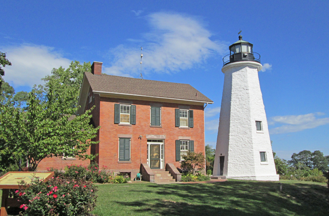 Charlotte Genesee Lighthouse: Charlotte-Genesee Lighthouse, New York At