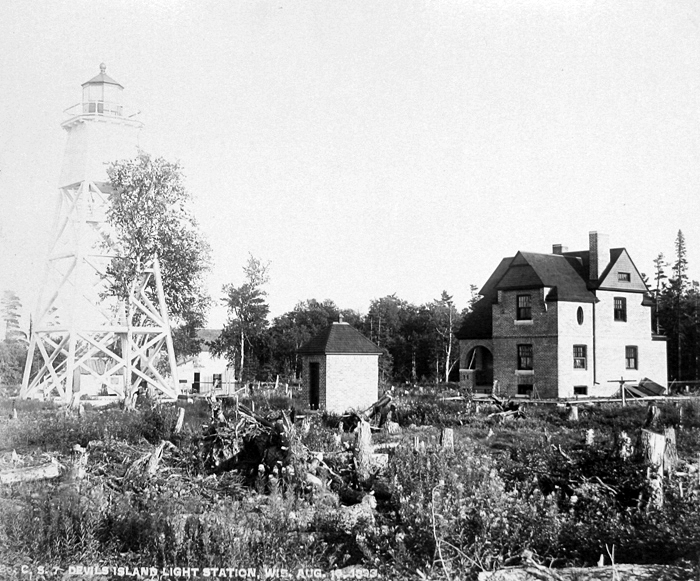 Devils Island Lighthouse Wisconsin At Lighthousefriends