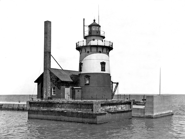 harbor beach lighthouse  michigan at lighthousefriends com