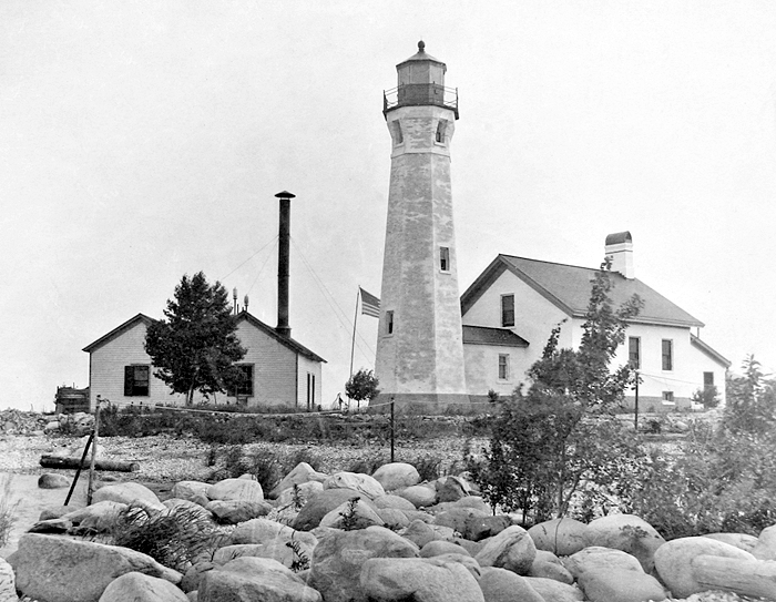 ile aux galets  skillagalee  lighthouse  michigan at