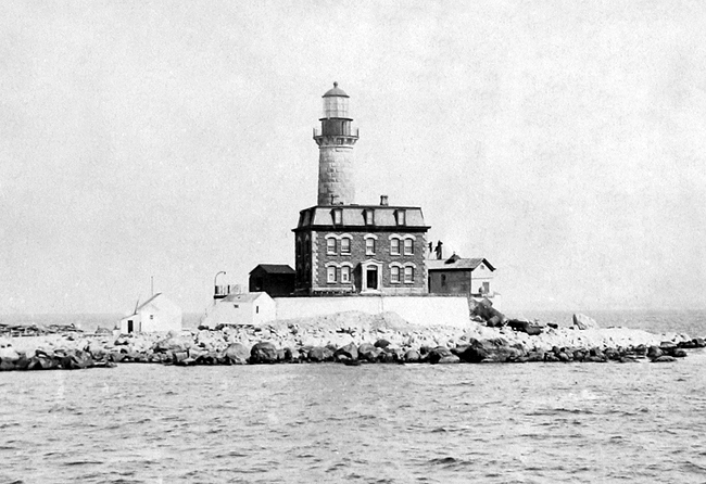 little gull island lighthouse new york at
