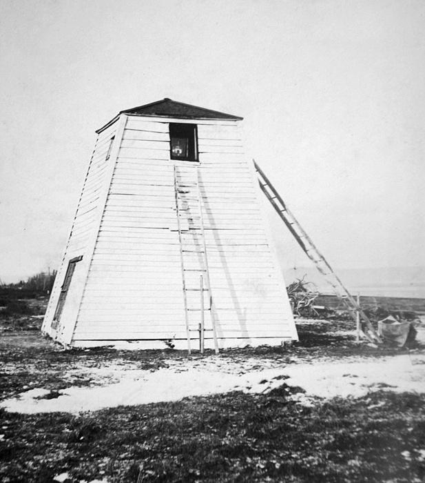 poste saint martin range lighthouse quebec canada at. Black Bedroom Furniture Sets. Home Design Ideas