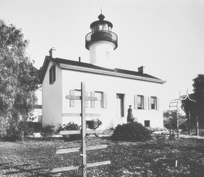 Santa Barbara Lighthouse California At Lighthousefriends Com