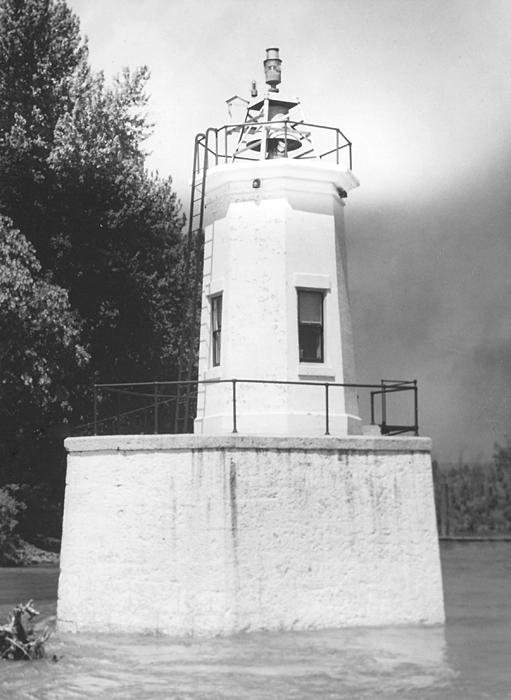Warrior Rock Lighthouse  Oregon At Lighthousefriends Com
