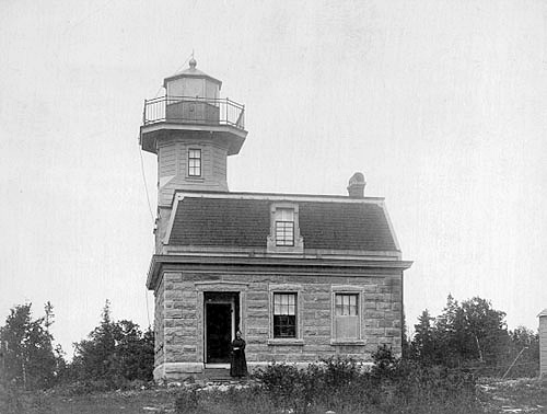 bluff point  valcour island  lighthouse  new york at