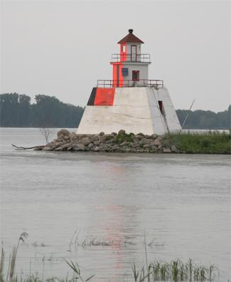 le du moine range lighthouse quebec canada at. Black Bedroom Furniture Sets. Home Design Ideas