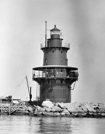 Orient Point Lighthouse New York At Lighthousefriends Com