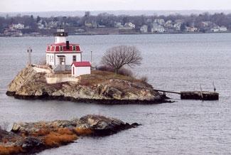 Pomham Rocks Lighthouse Rhode Island At Lighthousefriends Com